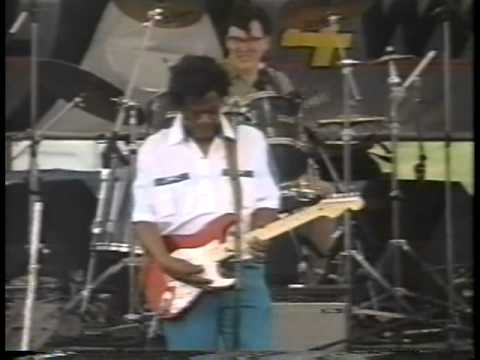 Earl King - It All Went Down The Drain, NOLA Jazz Fest 1993