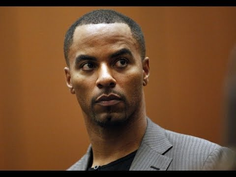 Former NFL player Darren Sharper surrenders in rape case