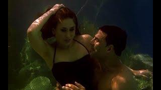Akshay Kumar & Kareena Kapoor's Under Water Romance