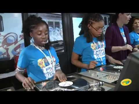 Przygody Pixie 5 - Taniec DJ Naomis na Przyjęciu