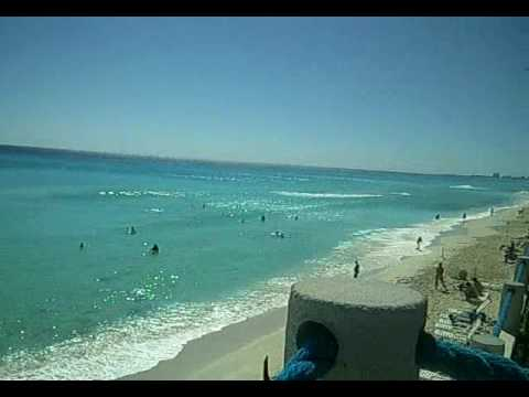 la mejor playa del mundo cancun desde  el barcelo tucancun