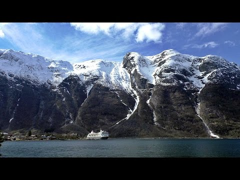 Cruise in To Beautiful Eidfjord Norway