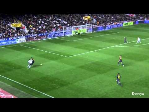 Jordi Alba defending vs Valencia