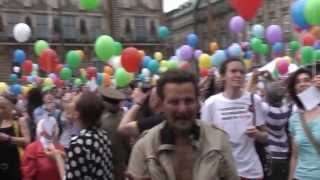 Flashmob multicolor la Hamburg, Germania