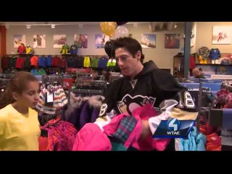 Pittsburgh Penguins Take Children Shopping