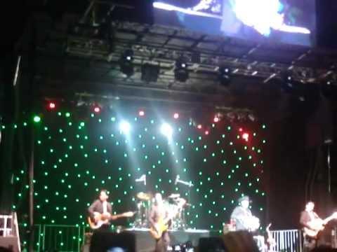 LOS TIGRES DEL NORTE - EL MOJADO ACAUDALADO LIVE 2012 NY