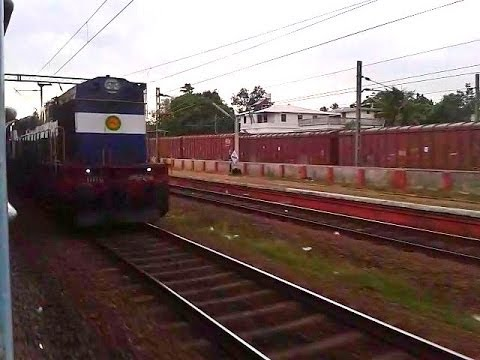 ED WDM3D Ernakulam-Kannur Executive Express stops Idappally