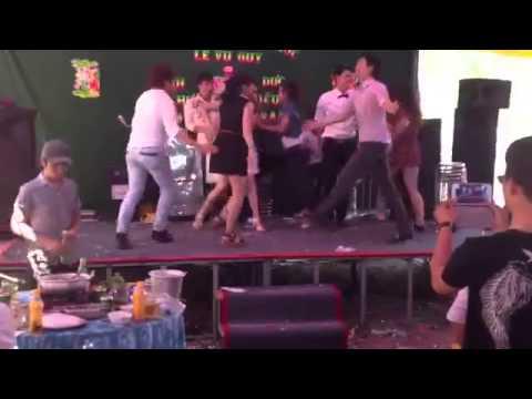 clip cô dâu nhảy sex tưng bừng đám cưới