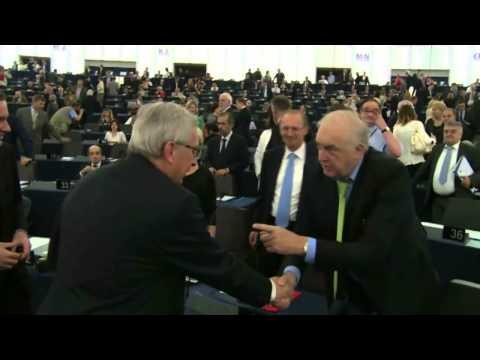 Arrival of Jean-Claude JUNCKER at European Parliament
