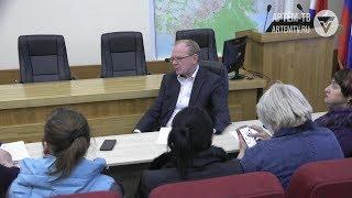 Глава города Александр Авдеев встретился с жителями улицы Куйбышева