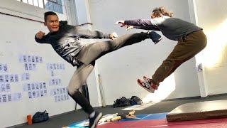Tony Jaa Ong-bak Amazing Training