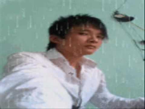 Hình ảnh trong video Chuc em ben nguoi