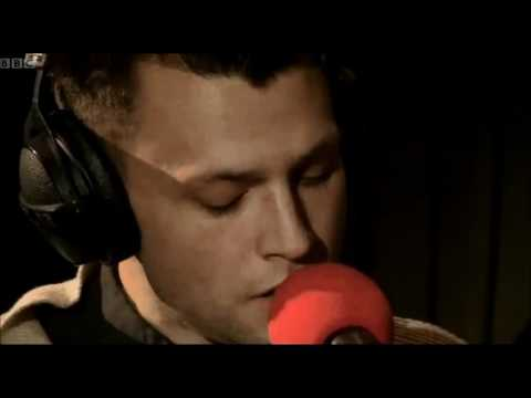 The Maccabees - Lonely Boy (Radio 1 Live Lounge)