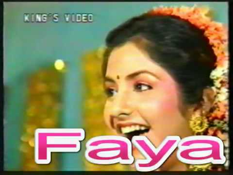 YouTube - Divya Bharti - Live Interview Before Death.flv