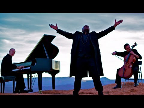 image vidéo Coldplay - Paradise (Peponi) African Style (ft. guest artist, Alex Boye) - ThePianoGuys