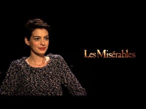 'Les Misérables' Anne Hathaway Interview