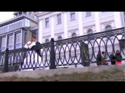 После ЗАГСа прогулка. Евгений и Мария. Апрель 2011