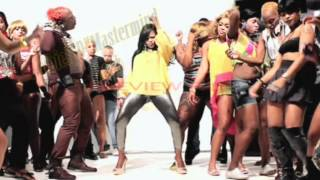 Elephant Man and Lady Saw Si Dung Pon it Official Music Video 2012