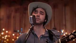 Shakey Graves - Daisy Chains (Live in Lubbock)