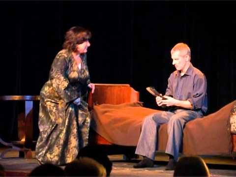 Смотреть видео Новая постановка пьесы на сцене Вентспилского театра