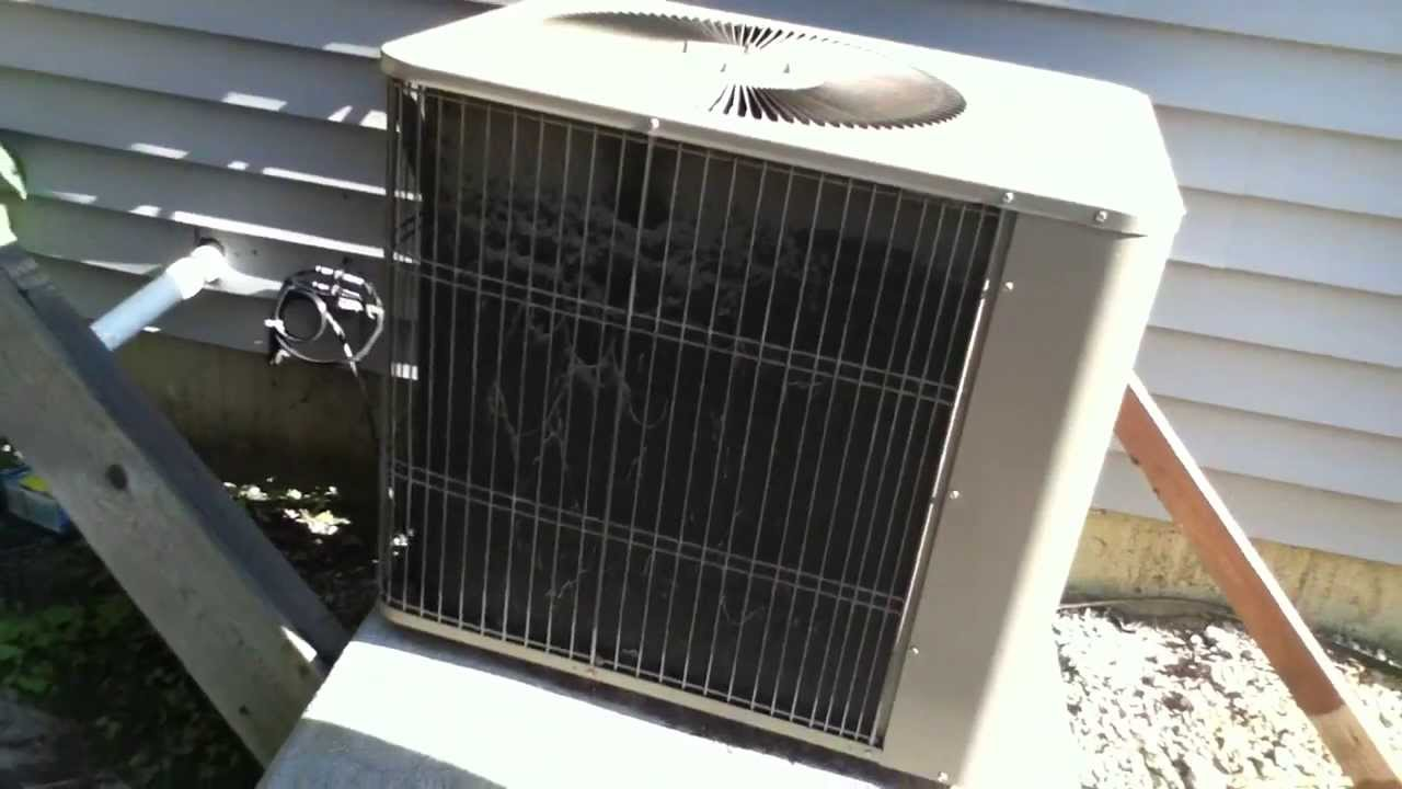 2004 Armstrong Air Concept 1000 Air Conditioner Running
