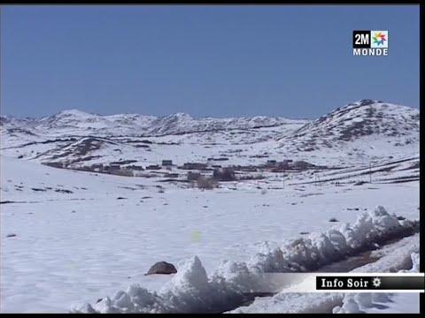 إكنيون محاصرة بالثلوج