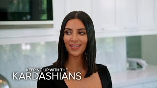 KUWTK | Khloe Kardashian Distracts Kim While Kourtney Does What?! | E!