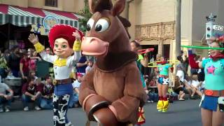 Pixar Pals Countdown To Fun! Parade Disney's Hollywood