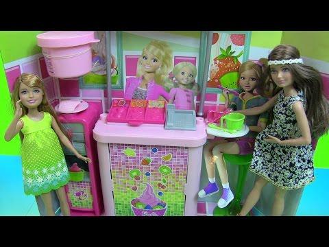 Đồ Chơi Máy Làm Sữa Frozen Yogurt Của Chị Em  Búp Bê Barbie - Barbie's Sister Frozen Yogurt Stand