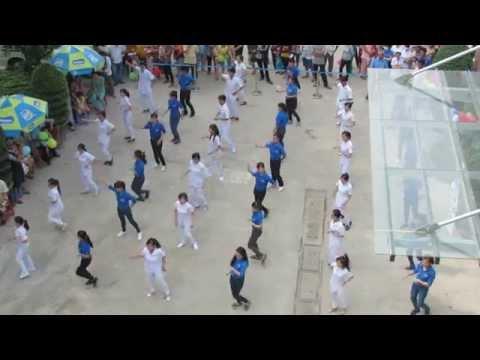 Nhảy Flashmob Việt Nam ơi + Rửa tay vui nhộn