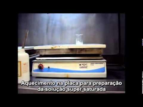 Recristalização do acetato de sódio
