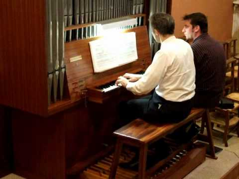 J.S. Bach Fugue en ré mineur BWV 539- Pierre Astor, orgue de Chanas 2/2
