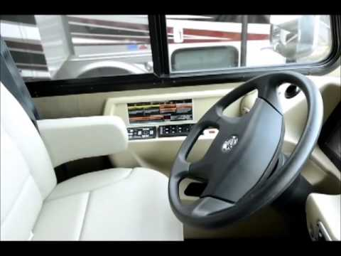 The RV Corral 2013 Tiffin Allegro Breeze 32BR - 32'