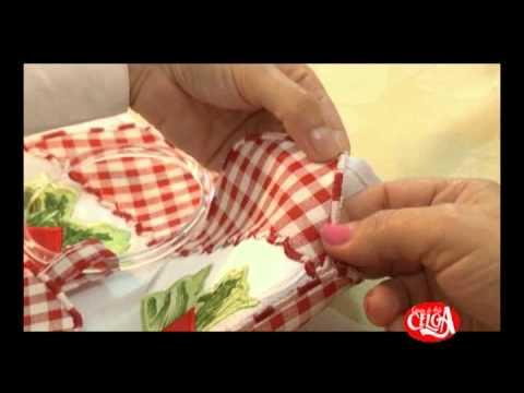 Aprenda a fazer um pano de prato bordado à maquina.