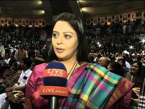 actress nagma says Rahul Gandhi is our leader,Report-Manish Shukla,Live India