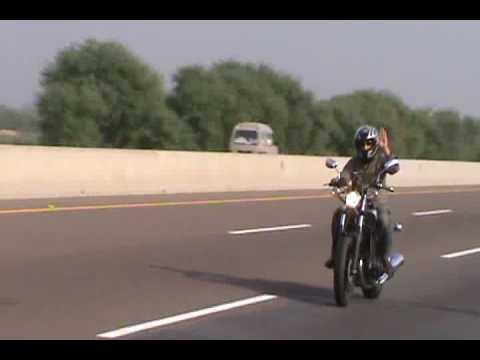 Pakistan motorway heavy bikes on 23 march.flv