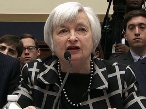 Yellen vows to continue low-interest policy