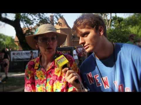 Mac DeMarco Connects with Fans at P4k  | Weird Vibes Ep18