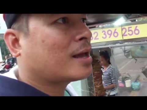 สาวเวียดนามขาย บั๋นหมี่ Banh my vietnam food