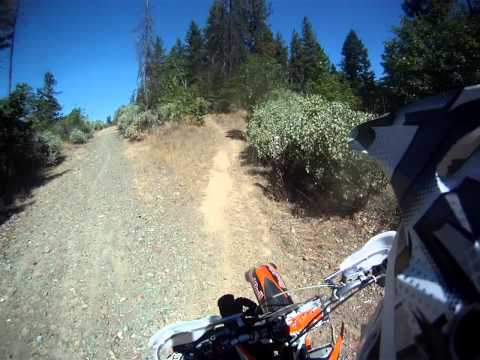 KTM 250 SX  WOODS RIDING UP POISON OAK TRAIL