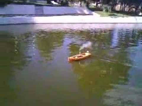 Steam-Engine RC Model Boat