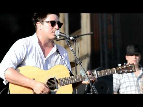 Mumford and Sons - Hopeless Wanderer (New Song) - Wakarusa 2011 - ozarkecho.com
