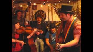 Mad Dog Mcrea - Am I Drinking Enough - Songs From The Shed Session