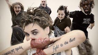 Елена Садко - Мир в твоих руках Скачать клип, смотреть клип, скачать песню