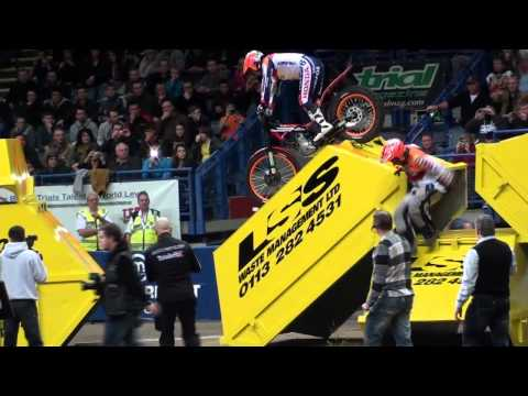 Sheffield Indoor Arena Trial  2011 Fugigas Crash