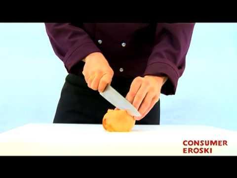 T cnicas b sicas de cocina c mo cortar en juliana youtube for Tecnicas basicas de cocina libro
