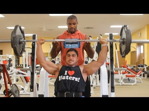 DEREK RAFLA VLOG SERIES EPISODE #2 • 4 WEEKS OUT FROM THE 2013 ARNOLD CLASSIC EUROPE