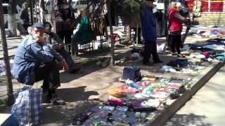 Tîrgul săracilor de la Gara Chişinău