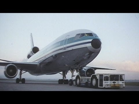 Air New Zealand DC-10-30 35mm Film Footage