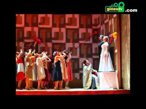 Salidas a la ópera y al cine para los mayores de Gines